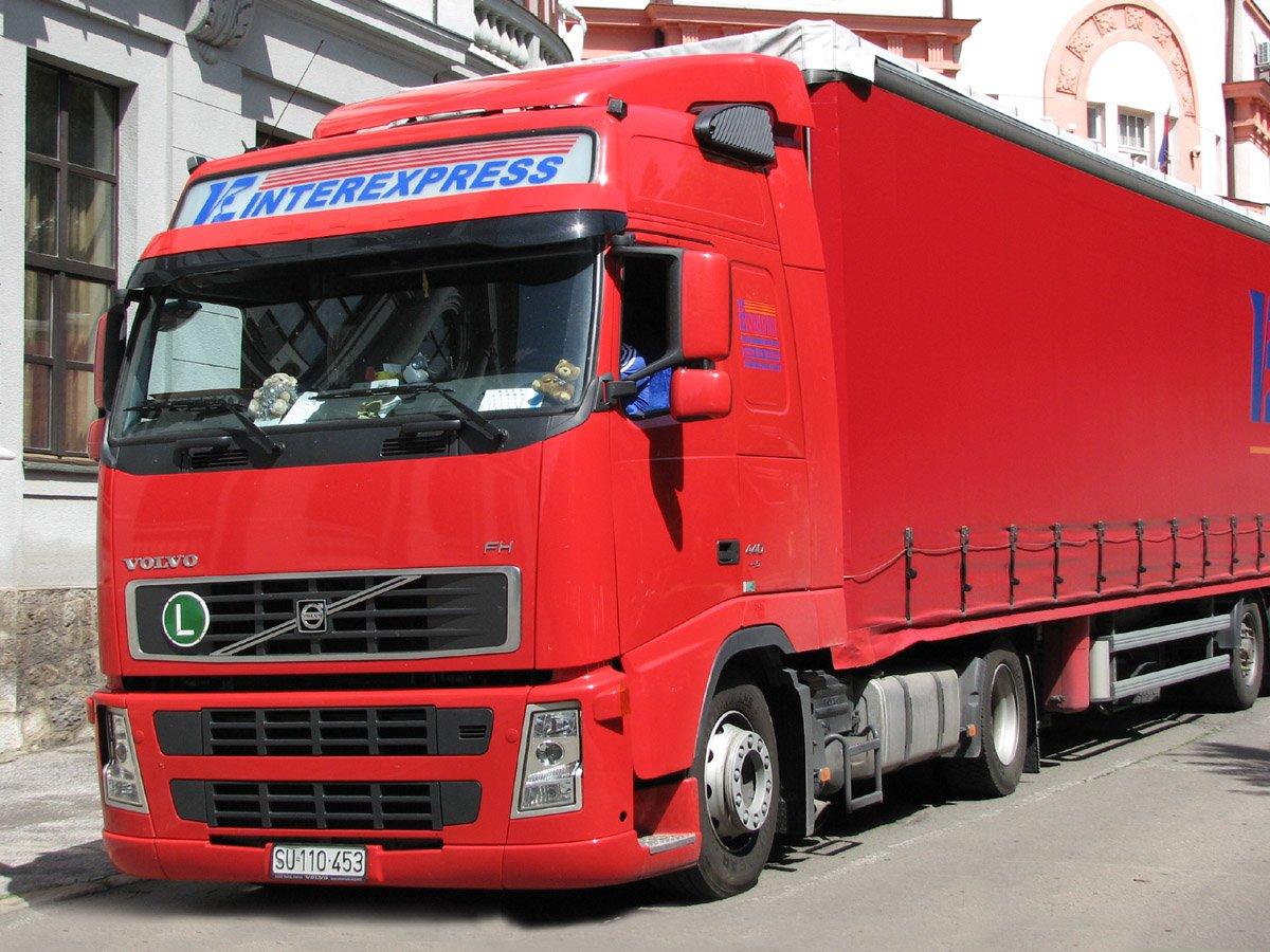 грузовой тягач вольво ф 12 схема переключения скоростей