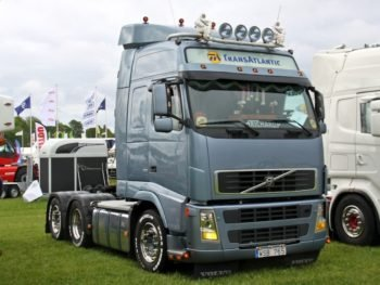 4743114_volvo-fh12_2